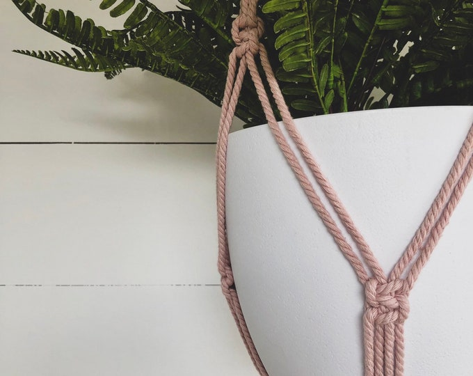 Dusty Pink Macrame Plant Hanger with 4mm Cotton Cord