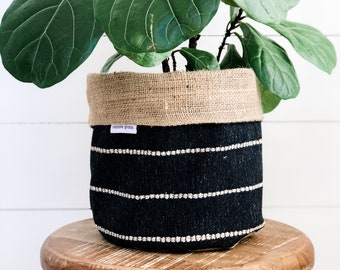 Pot Plant Cover - Onyx Stripe Reversible Hessian