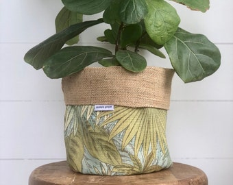Pot Plant Cover - Bahamian Breeze and Hessian Reversible