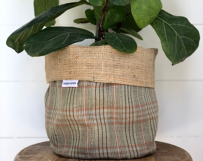 Green & Pink Plaid Hessian Reversible Pot Plant Cover
