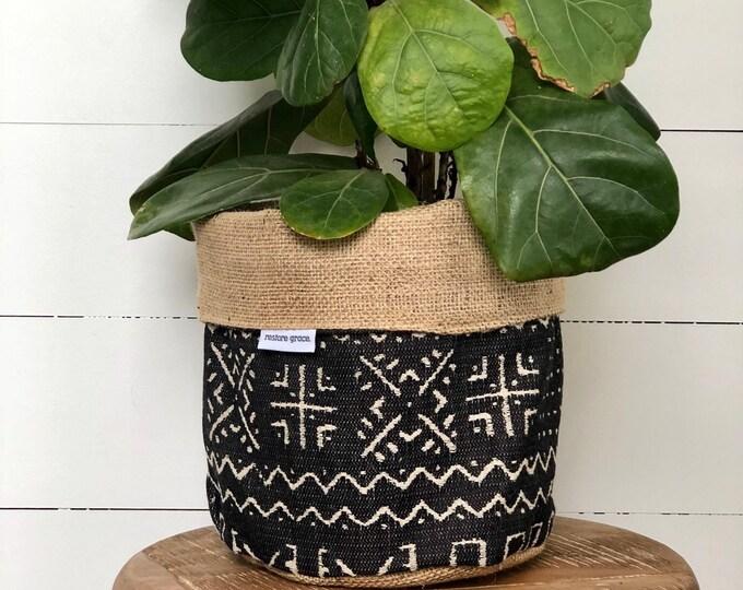 Onyx Mazinda Tribal Hessian Reversible Pot Plant Cover