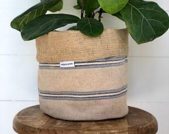 Hampton Stripe Reversible Hessian Pot Plant Bag