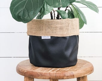 Pot Plant Cover - Ebony Faux Leather Reversible Hessian