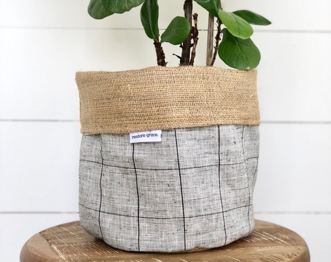 Pot Plant Cover -  Monochrome Grid and Hessian Reversible