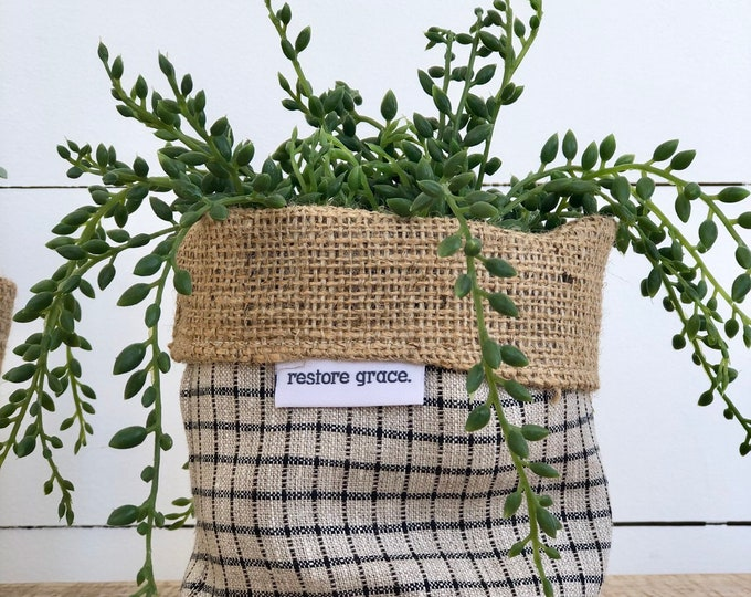 Mini Grey Check Reversible Hessian Pot Plant Bag