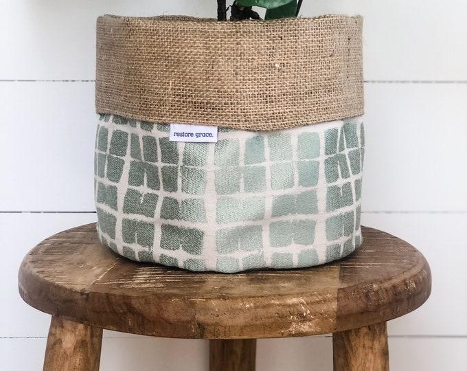 Pot Plant Cover - Sage Shibori Plaid Hessian Reversible