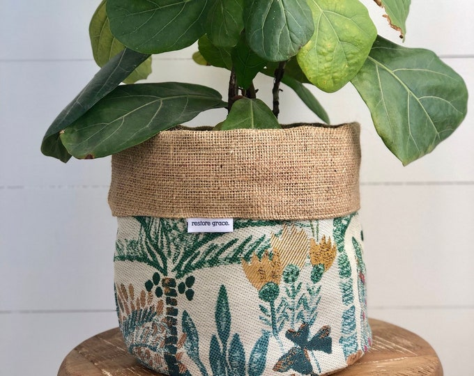 LIMITED EDITION Hillside Jungle Reversible Hessian Pot Plant Cover