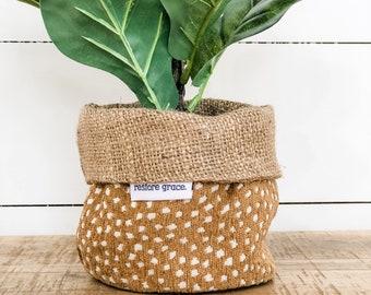 Mini Pot Plant Cover - Fawn Reversible Hessian