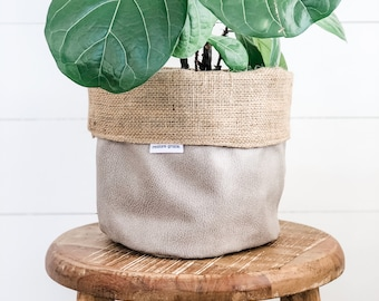 Pot Plant Cover - Pumice Faux Leather Reversible Hessian