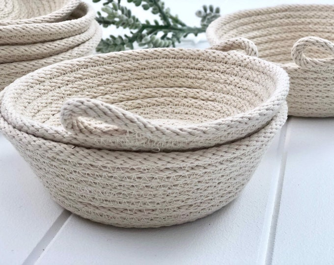 EXPRESS SHIPPING - Jewellery Bowl - Natural (All Domestic orders ship Express until 18/11/19)