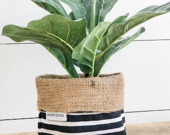 Mini Pot Plant Cover - Jail Bird Stripe Reversible Hessian