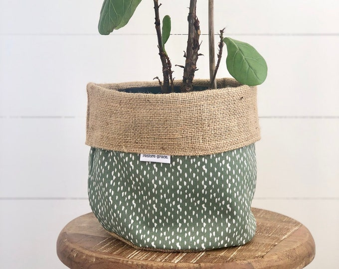 Riverbed Hessian Reversible Pot Plant Cover