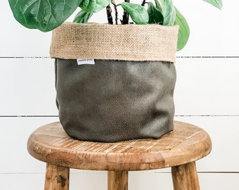 Pot Plant Cover - Cave Reversible Hessian