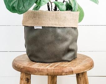 Pot Plant Cover - Cave Reversible Hessian