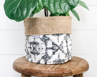Pot Plant Cover - Shadow Reversible Hessian