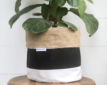 CLEARANCE** Tri - Toned Reversible Hessian Pot Plant Cover
