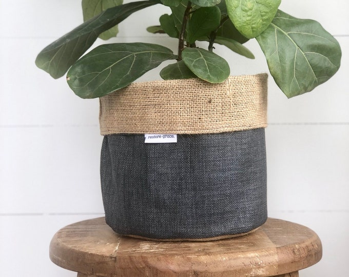 Etched Charcoal Grey Reversible Hessian Pot Plant Bag