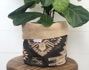 Tundra Southwest Woven Reversible Hessian Planter Pot Bag