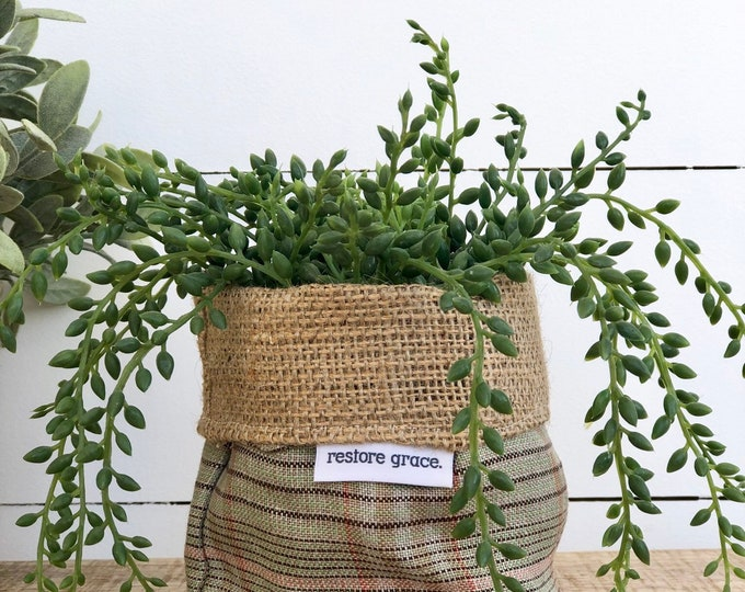 Mini Pot Plant Cover - Green Plaid Reversible Hessian