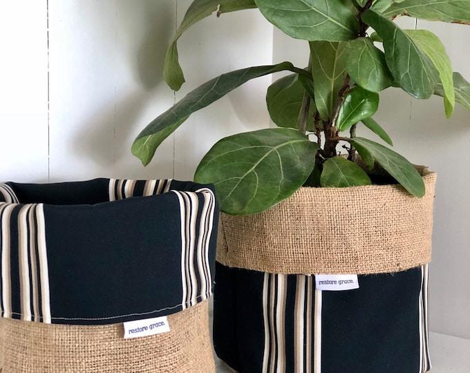 Cabana Stripe Reversible Hessian Pot Plant Bag