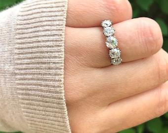 Antique ~ Old European Cut Diamond Five Stone Ring (2.2ct) ~ 18ct 18K Gold ~ Size M.5 / 6.25