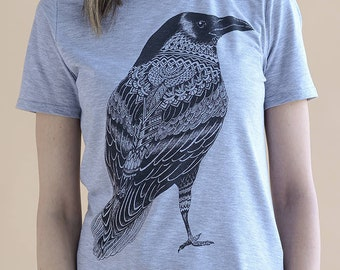 Grey Unisex Hand Painted Crow Shirt / Flying Birds TShirt, Hand Drown Clothes, Scary Shirts, Screen Printed T-shirt, Cotton Haloween T Shirt