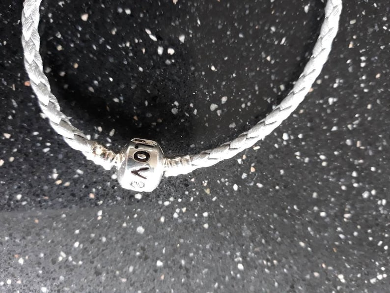 mothers day gift under 15 ladies bracelet leather bracelet with silver Angel wings 20 cm leather clasp and charm Angelwings bracelet