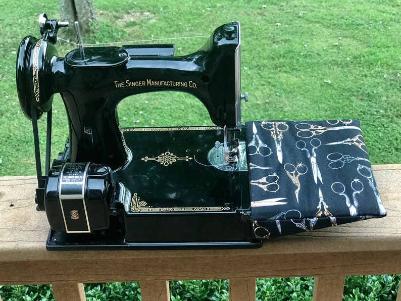 Featherweight 221 sewing machine padded protective arm sleeve