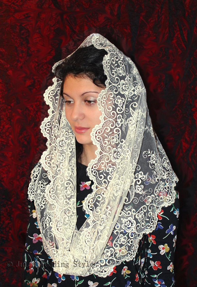ivory mantilla Infinity,veil latin mass Scarf,chapel mantilla,Lace Head  Covering,church veil,catholic accessories,Religious Head Coverings