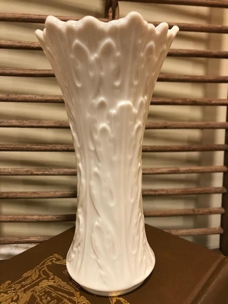 Vintage Lenox Woodland Collection Acanthus Leaf 6 Inch Porcelain Vase