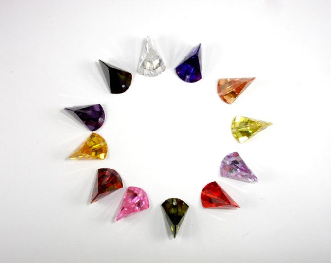 CZ beads, Cubic Zirconia Beads, 11x16mm Faceted Axe Pendant Beads, 1 piece, Hole 1mm, A Grade (AX1216)