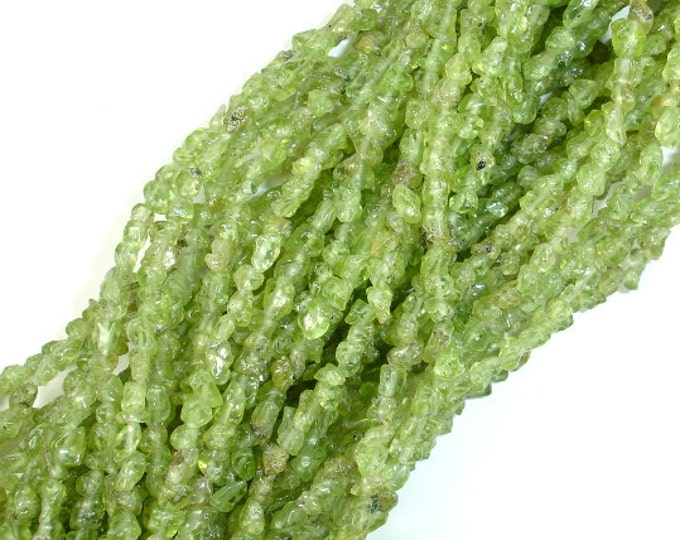 Peridot, Approx 3-4 mm Chips Beads, 36 Inch, Long full strand, Hole 0.8 mm (342005001)