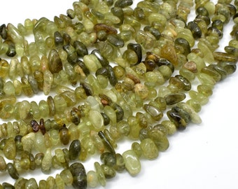 Green Garnet Beads, Pebble Chips, Approx 5-9mm, 16 Inch, Full strand, Hole 0.8mm (252005001)
