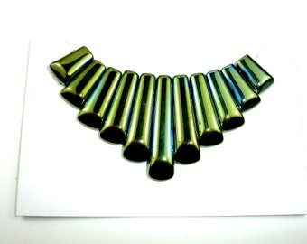 Quartz Beads, Coated Green, Top Drilled Graduated Stick, 10 x 16 mm - 10 x 40mm, 11 pieces - 1 Set, Hole 1 mm (362059003)