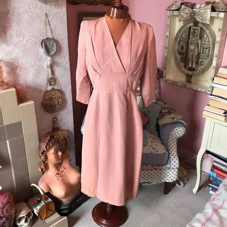 1940s dusky pink elegant rayon dress W27\u201d