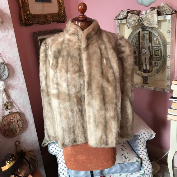 1940s/1950 short faux fur cape capelet