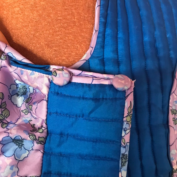 1970s silk quilted dress from AnnaBelinda pattern… - image 4
