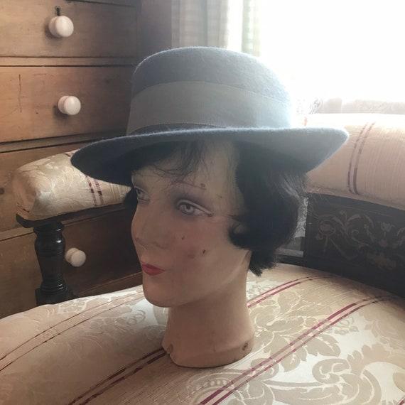 1940s 1950s Manhattan fedora hat in grey wool felt