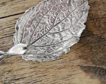 Silver Blackberry Leaf Pendant