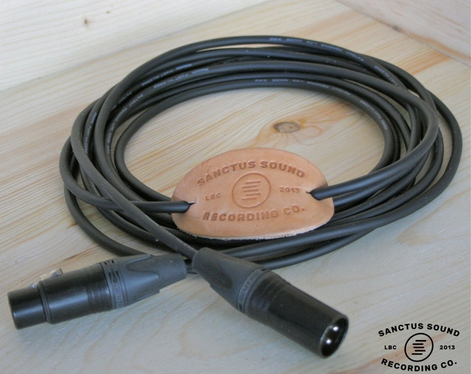 Microphone Cable with Mogami 2552 wire, Neutrik Gold Connectors