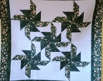 Pinwheels wall hanging or table topper
