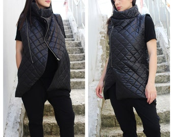 Black Vest/ Womans vest/ Winter Top/ Sleeveless Coat/ Sleeveless Tunic/ Sleeveless Vest/ by Fraktura V0015
