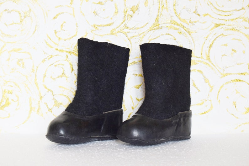 Vintage kids felt boots with galoshes baby boots Soviet Russian valenki made in the USSR Little Shoes Tiny Feet 1979
