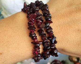 Garnet Crystal Bracelet Jewelry / Chakra Healing Bracelet with Reiki, Birthday Gift for Her