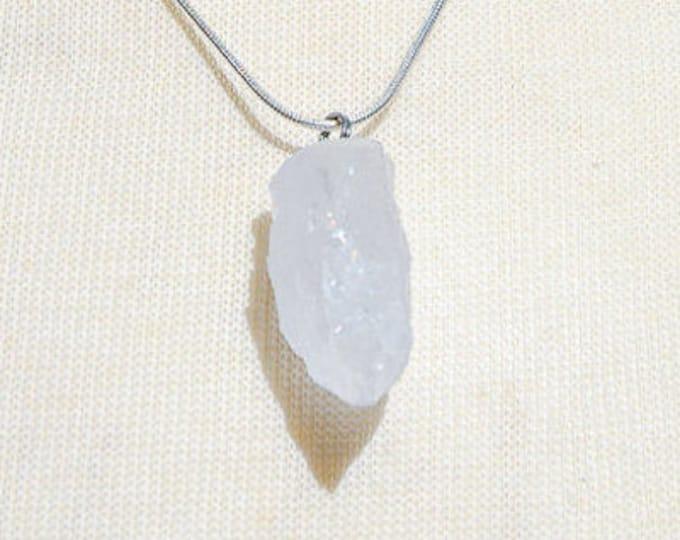 Raw Quartz Pendulum Necklace
