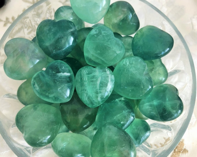 Green Fluorite Crystal Heart / Healing Stones and Crystals