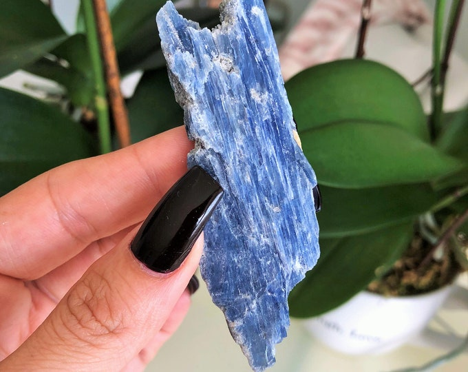 Blue Kyanite, Healing Crystals and Stones