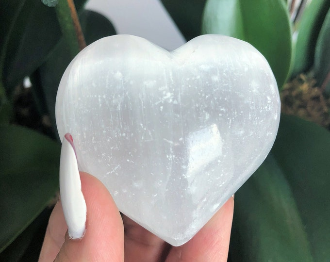 Large Selenite Heart, Healing Crystals and Stones, Valentines Gift for Her, Girlfriend Gift, Heart Chakra, Anxiety, Wicca, Zen, Reiki