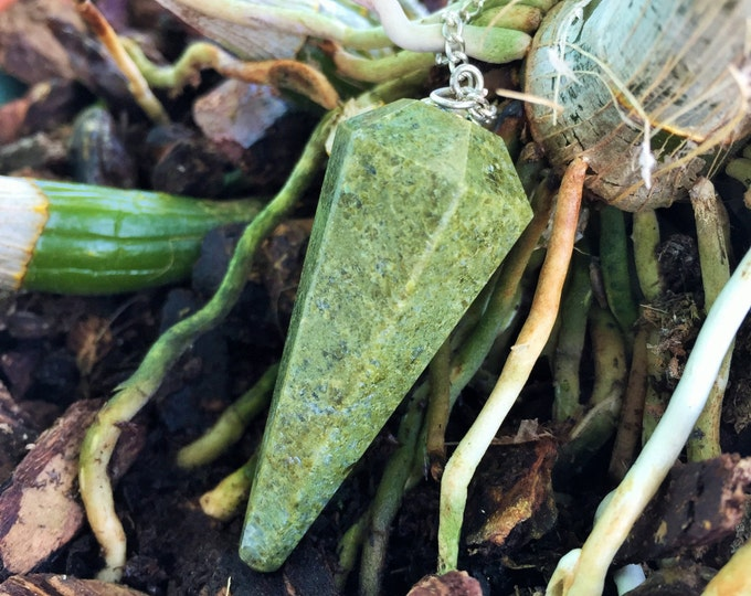 Vesuvianite Crystal Pendulum, Healing Crystal Necklace, Healing Crystals and Stones Jewelry