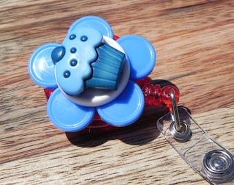 Cupcake Badge Holder